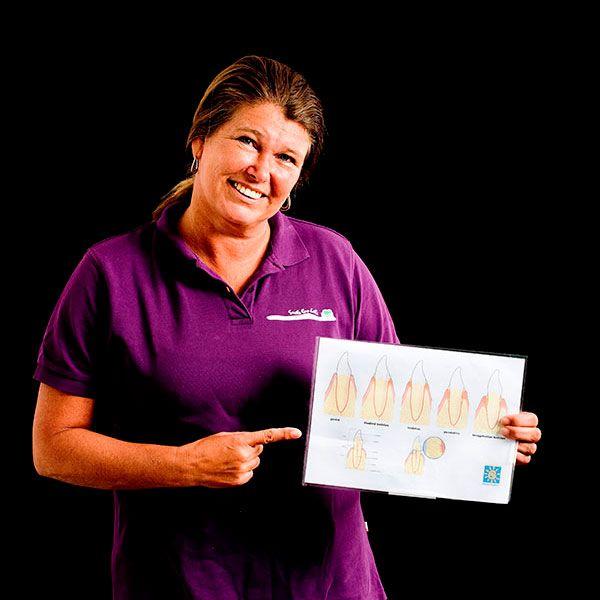 Martine van 't Laar, Mondhygiënist
